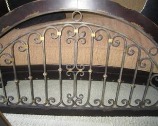 ARCHED WALL HANGING