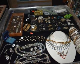 Beautiful Necklaces, Pearls Rhinestone Crystal and more and Bracelets