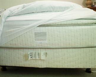 Like new full size mattress set