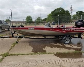 2013 Bass Tracker Pro Team 175 TXW Fishing Boat