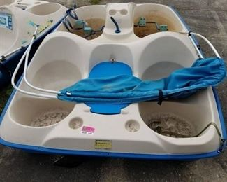 Sun Dolphin 5 Seater Paddle Boat