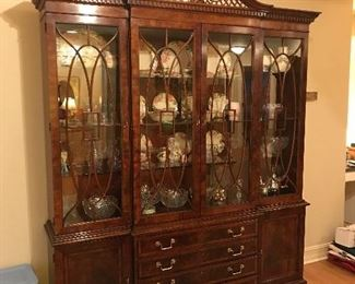 Gorgeous Henredon China cabinet.  Can you say Magnificent?