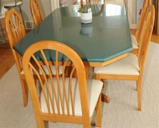 LARGE KITCHEN TABLE AND CHAIRS