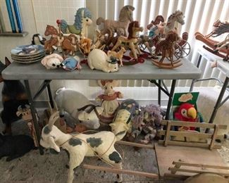 Horse and pig decor
