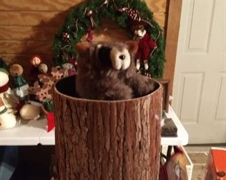 Animated electric movable racoon in tree Christmas decor