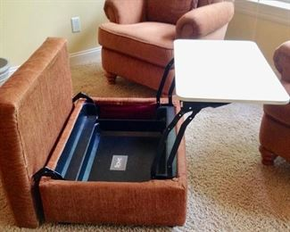 Ottoman converts to a table
