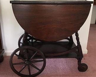 Mahogany Tea Cart with Removable Glass Tray