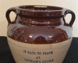 Lohman's Store, North Freedom, Wis. Red Wing Bean Pot