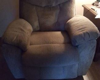A very comfortable electric recliner. Naps are easy in this chair.