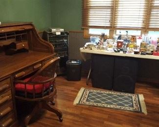 National Mt. Airy Rolltop desk, desk chair, stero with speakers & misc items