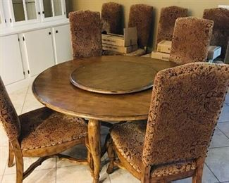 Expandable Round Table with 8 Chairs