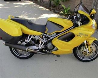 FOR SALE 2002 DUCATI ST45 996 CC SPORT TOURING MC