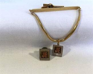 14K Gold Tie Clip Pendant & Pin https://ctbids.com/#!/description/share/151470