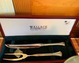 #47Wallace Silversmiths Carving Set $50.00