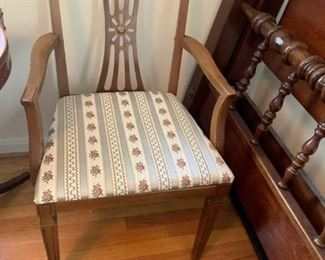 This chair goes with dining table #23