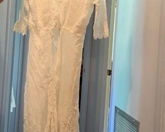 #74Vintage Straussburg Lace Overlay Vintage Dress - small $25.00