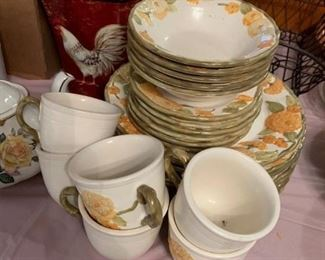#85chinaMetlox poppy trail 8 plates, 5 cereal bowls, 6 cup saucer  $120.00
