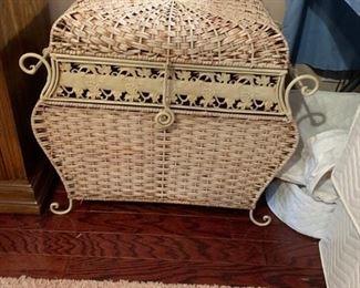 #24 metal white basket w lid Large $125
