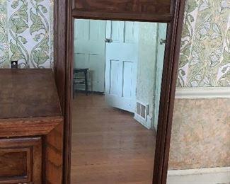 2 Tall mirrors attach to dresser