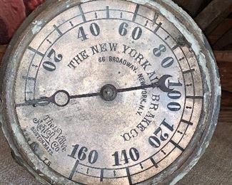 Vintage New York Air Brake Company gauge