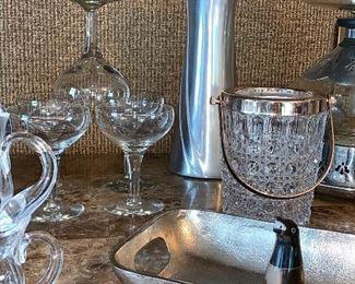 Bar glassware; vintage Ice Bucket
