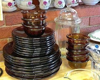 Amber plates and small bowls