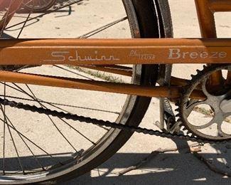 Vintage women's Schwinn Deluxe Breeze bike