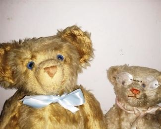 Living Room:  Blue Eye Bear, Bear w/Glasses----Vintage