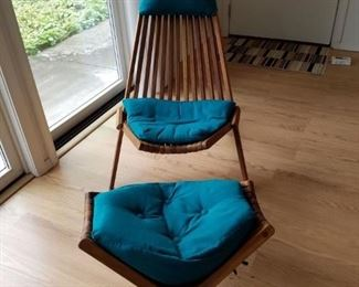 2 matching wood chairs with ottomans