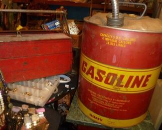 TOOL BOX GAS CAN