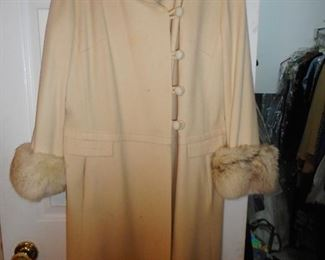 Vintge 1960s Cream Swing Coat, Fur Cuffs