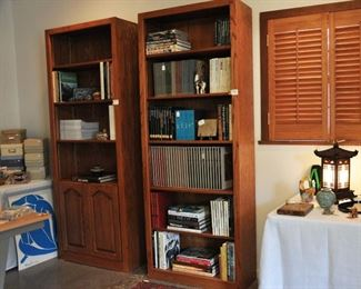 Additional books and bookshelves are in a large room off the kitchen.