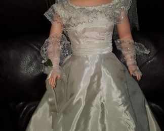 50 -60s Betty the bride doll