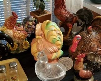 Packed with Chicken & Rooster decor !!!