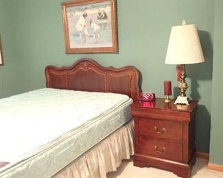 BEDROOM SET / HEADBOARD / END TABLE /