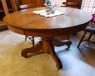 Antique Round Oak Table with leaf