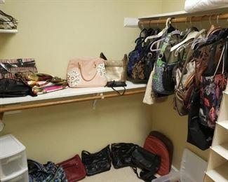 Many purses