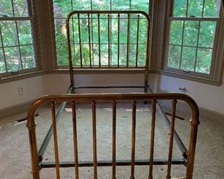 Vintage Brass Bed - 3/4 Bed