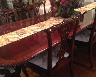 Fabulous dining table  that will comfortably seats 10 (Rug - not available.)