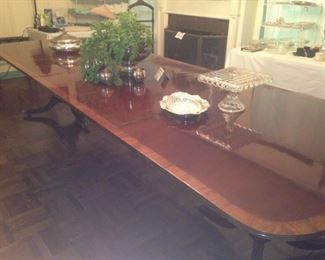Elegant dining room table with stunning double base