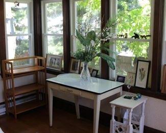 ARTWORK, METAL TABLE TOP, FOLDING BOOK CASE