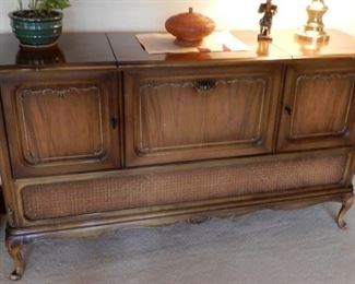 nice cabinet that could be a great shabby piece