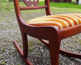 Rocking chair https://ctbids.com/#!/description/share/159345