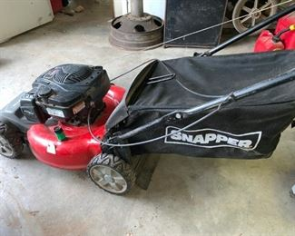 Snapper Lawnmower with Grass Catcher