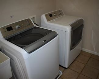 Great Bravos line Maytag Washer and Dryer - nearly new!!!