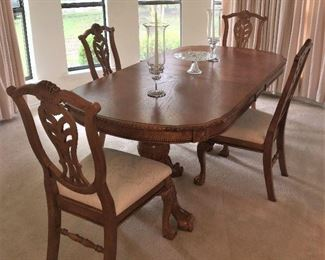 FABULOUS FORMAL DINING TABLE AND CHAIRS WITH EXTRA LEAF