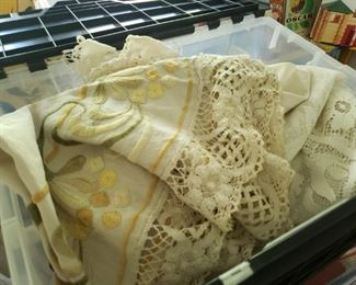 Vintage Doilies and Linens