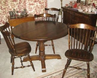 Hitchcock table w/ 4 chairs