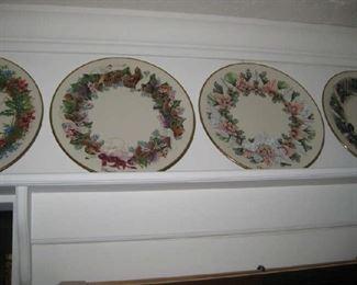 Many lenox Christmas plates