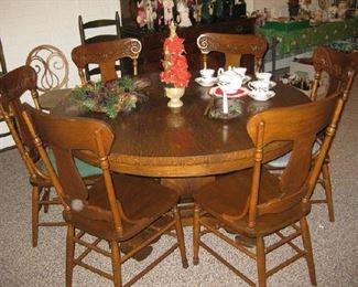 antique oak table & 6 chairs